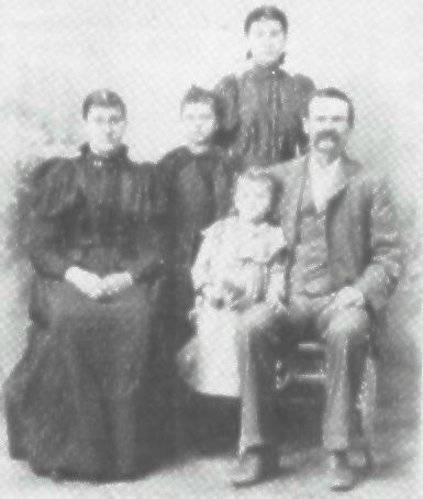 weaver-mosest_susanbryant_family.jpg